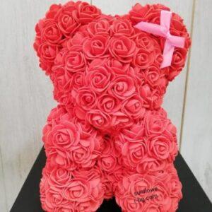 Мече от рози